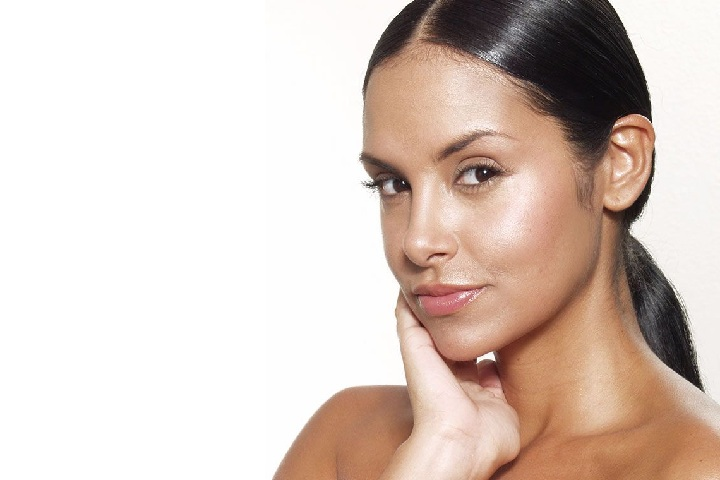 How to Get Rid of Oily Skin on Face at Home