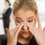 7 Quick Home Remedies For Itchy Eyes That Start Working Right Now