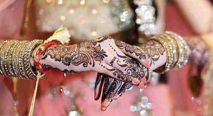 bangle mehndi designed