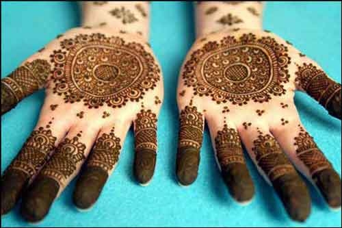 Top 25 Amazing Simple Circle Mehndi Designs  Simple And Easy