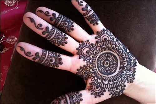 black circle mehndi