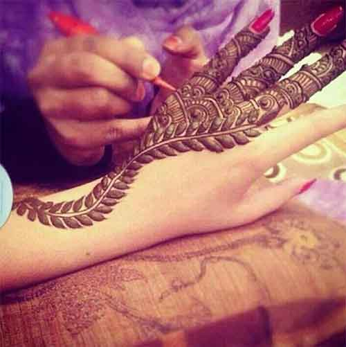punjabi with henna design