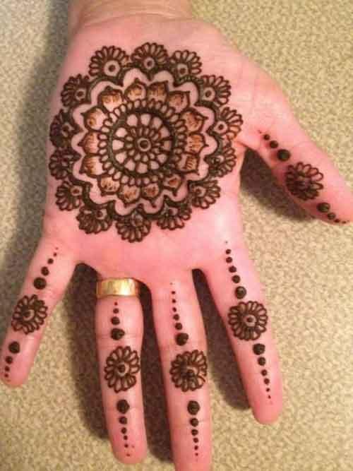 round finger mehndi design