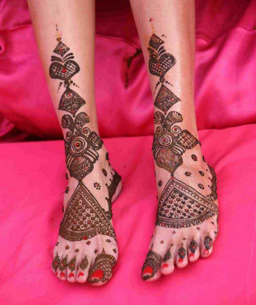 Abstract Foot Mehndi Design
