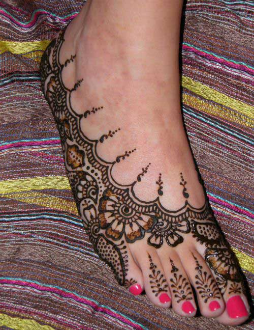 Side Mehendi Design for Foot