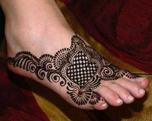 Artistic Foot Mehndi Design