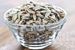 benefits-of-sunflower-seeds-for-skin-hair-_-health