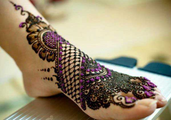 Purple Glitter Mehndi for Leg