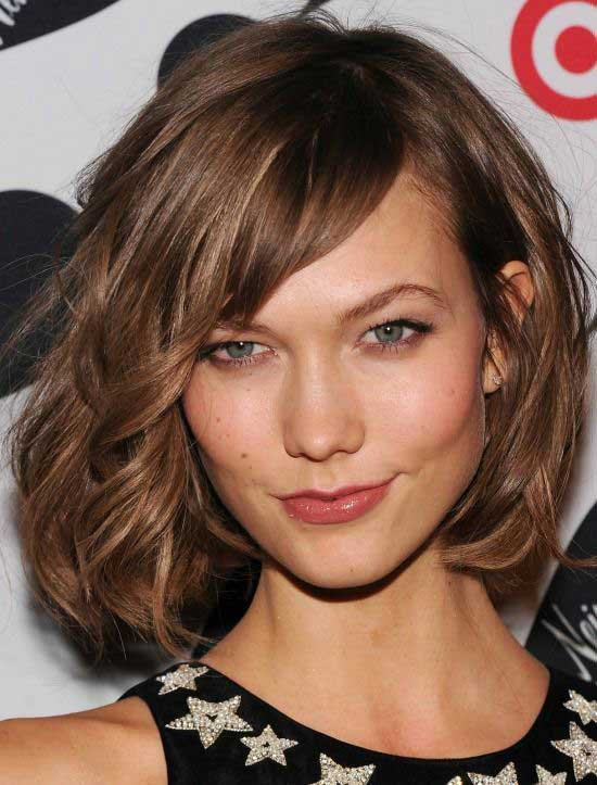Lovely Wavy Bob Hair With Bangs