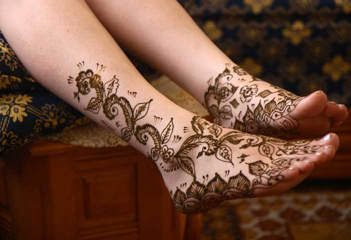 Leg Mehndi Designs Easy Only : Top eye catching leg mehndi designs