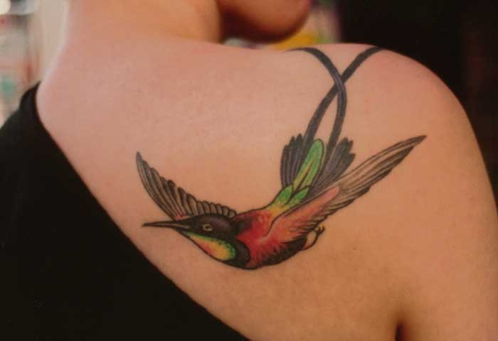 25 creative beautiful hummingbird tattoo designs and their meanings urmus Gallery