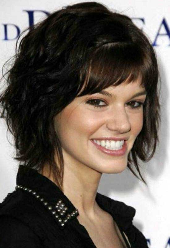 Charming Side Bangs Bob Hairstyle For Thick Hair: