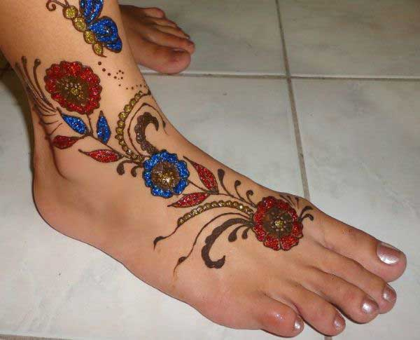 Colorful Glitter Mehndi Design for Leg