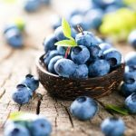 17 Benefits of Blueberries for Health, Skin and Hair