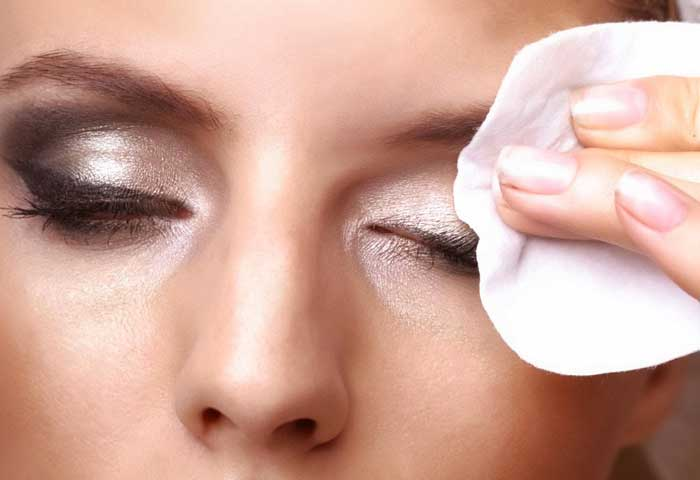 Best Makeup Remover Hacks in Your Kitchen