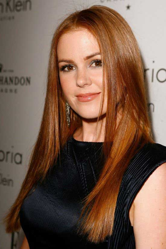 Isla Fisher Straight Hairstyle