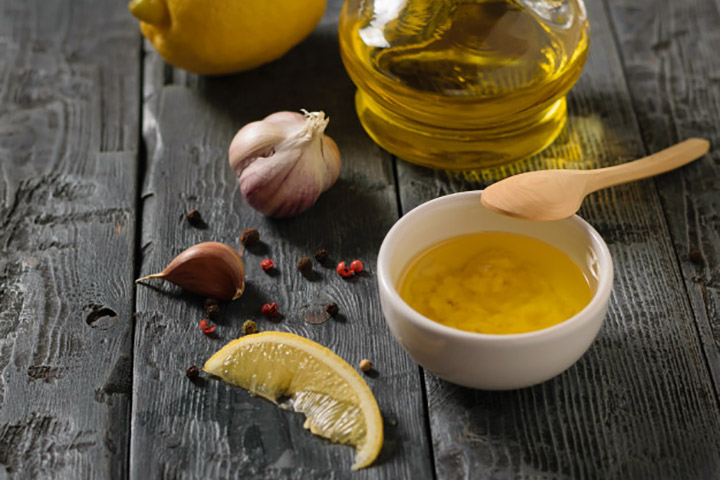 olive oil garlic and lemon for varicose veins