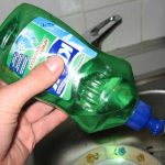 16 Practical Uses for Dishwashing Soap