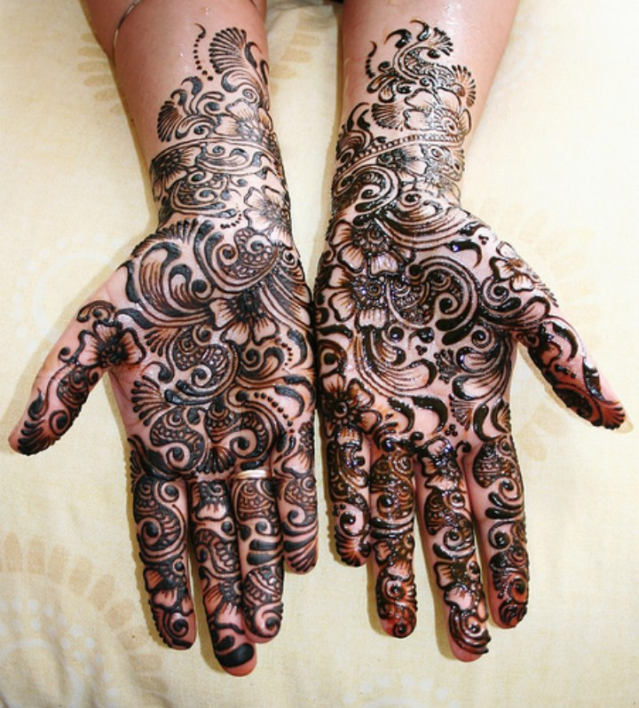 black-mehndi-design