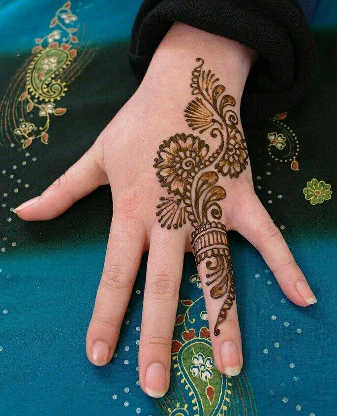 engagement-ceremony-ring-mehndi-design