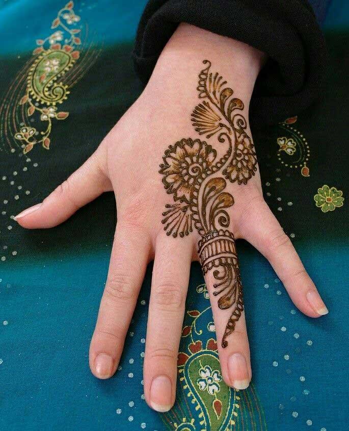 engagement-ceremony-ring-mehndi-design