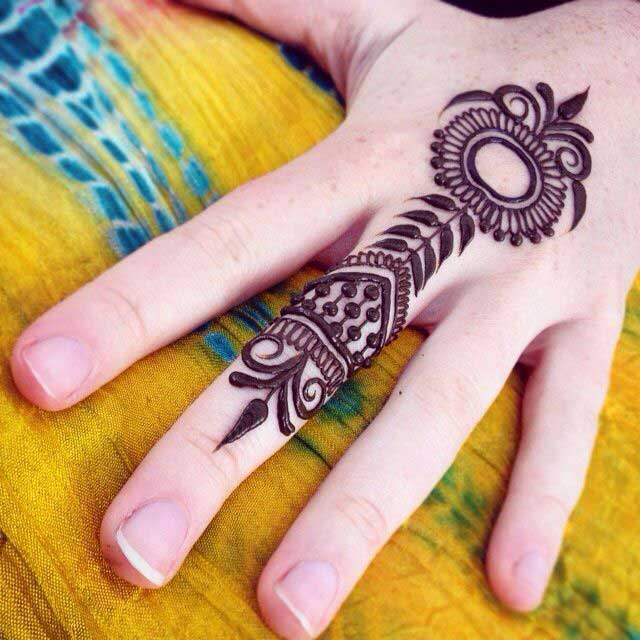 floral-ring-mehndi-design