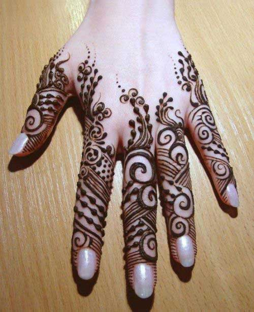 black mehndi design for fingers