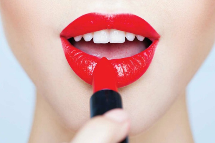 11 Interesting ways To Use Lipstick