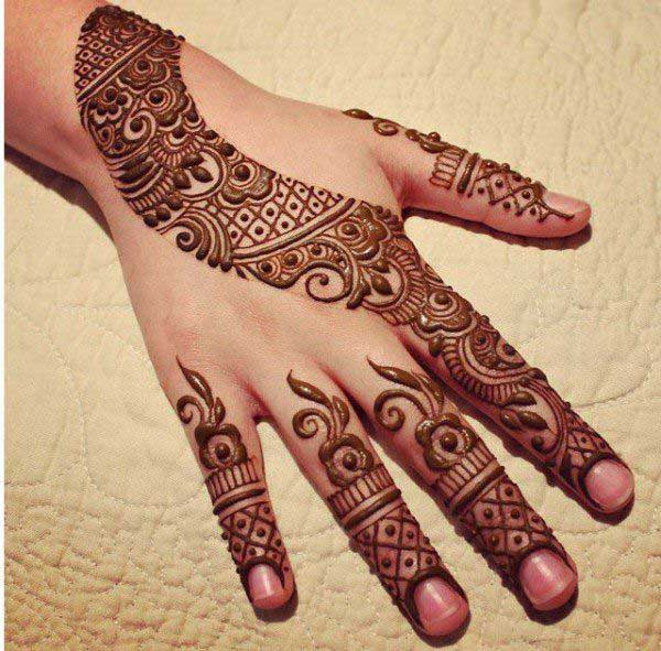 plain-stylish-marwari-mehndi-design