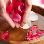 Beautilicious Benefits Of Using Rose Water