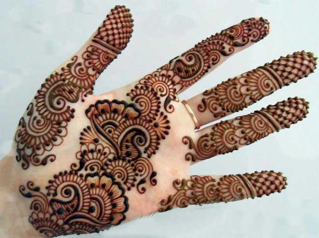 simple-dubai-mehndi-design