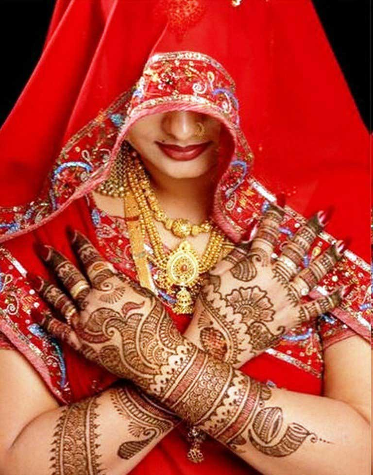 stunning-bridal-bangle-mehndi-design