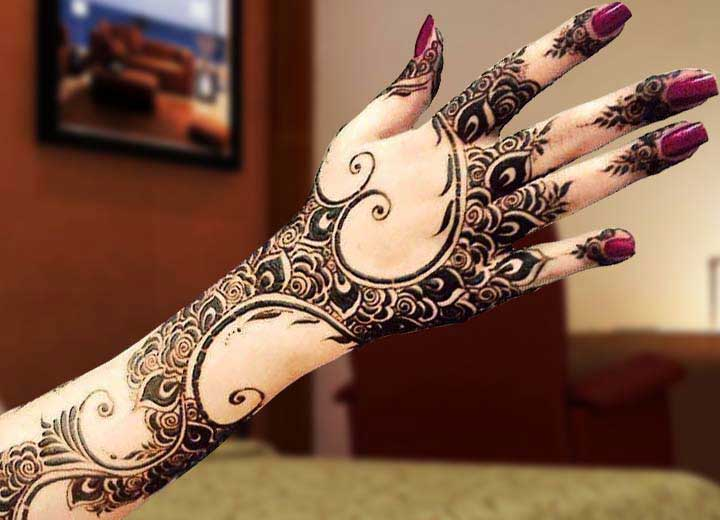 stylish-dubai-mehndi-design-for-back-hand