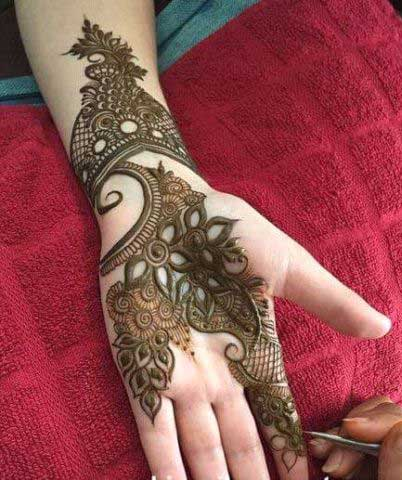 henna like tattoo
