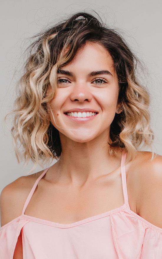 balayage short curly hair