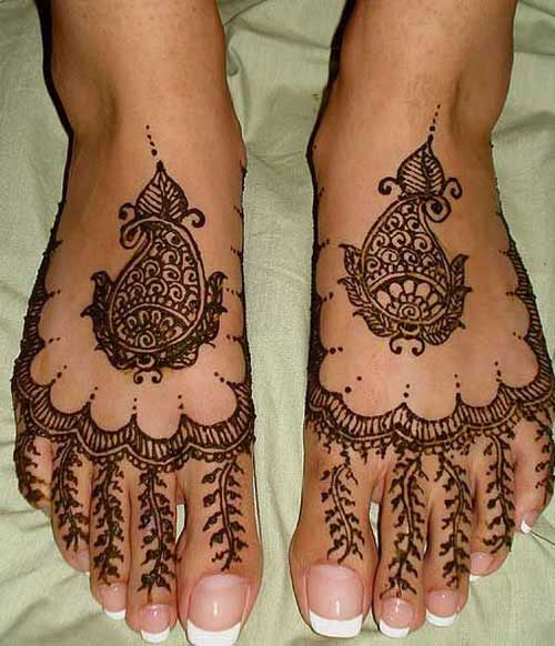 Feet Mehndi Design Pic : Simple and latest gujarati mehndi designs