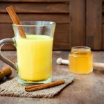 14 Amazing Benefits of Turmeric And Honey Mixture
