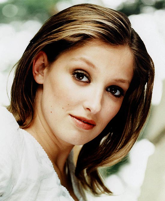 Alexandra Maria Lara Medium Layered Haircuts