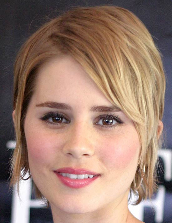 Alison Lohman Medium Bob Hairstyles
