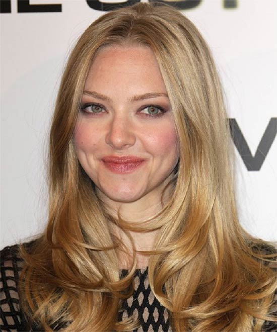 Amanda Seyfried Medium Blonde Hairstyles