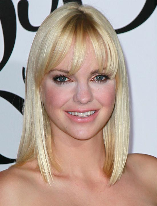 Anna Faris Medium Hairstyles for Women