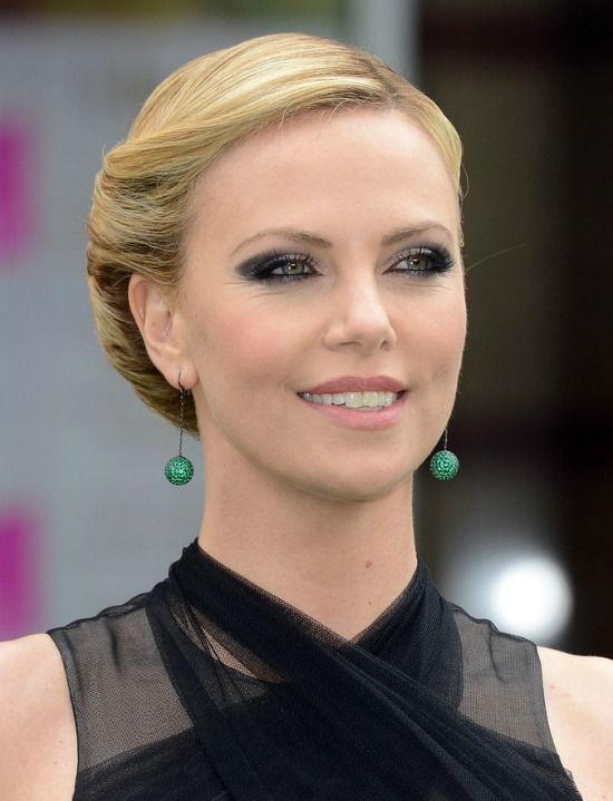 Charlize Theron Simple Hairstyles