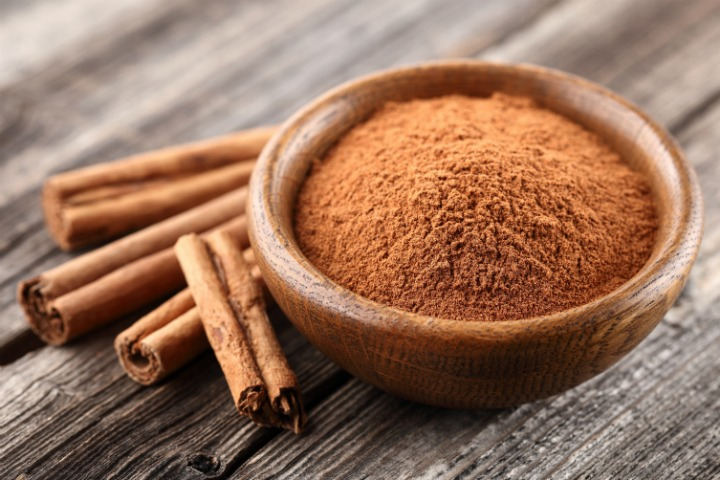 Homemade Cinnamon Hair Mask: Make your Hair Grow Faster!