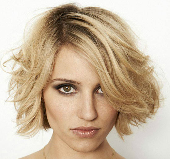 Dianna Agron Sassy Bob Haircuts for Round Faces