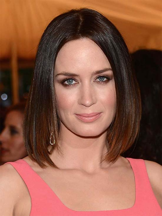 Emily Blunt Medium Straight Hairstyles