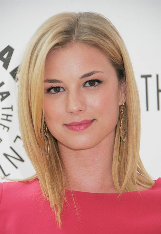 Emily VanCamp Medium Straight Hairstyles