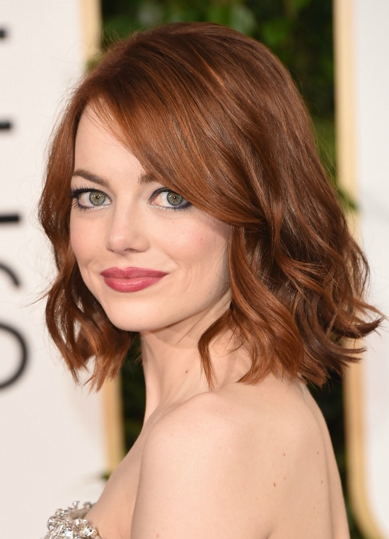 Emma Stone Medium Wavy Casual side view