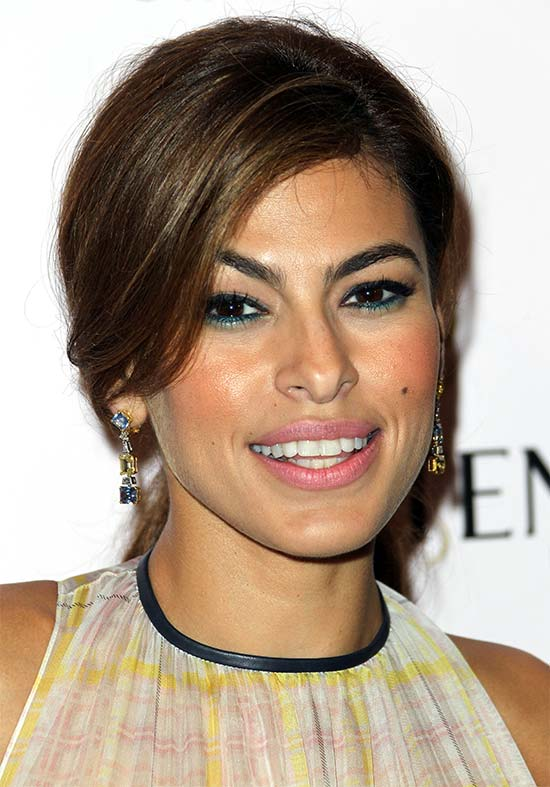 Eva Mendes Medium Length Hairstyles for Thin Hair