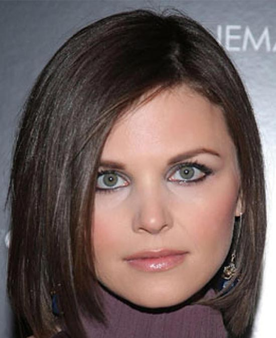 Ginnifer Goodwin Medium Hairstyles for Round Faces