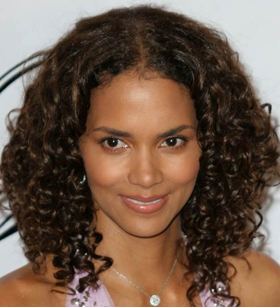 Halle Berry Medium Curly Hairstyles
